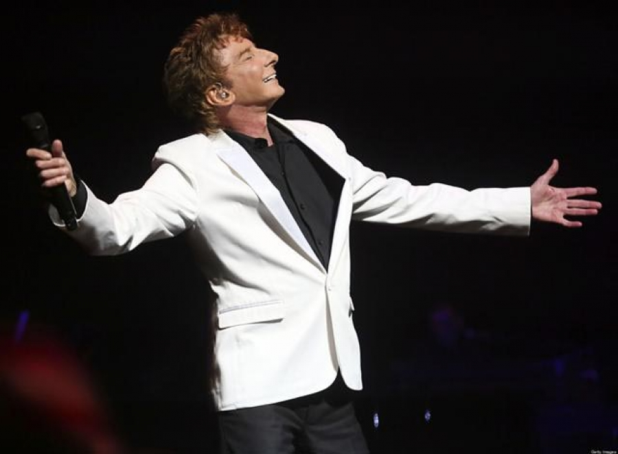 A FaniBro Is Born!  Concert Review: Barry Manilow at Sleep Train Arena