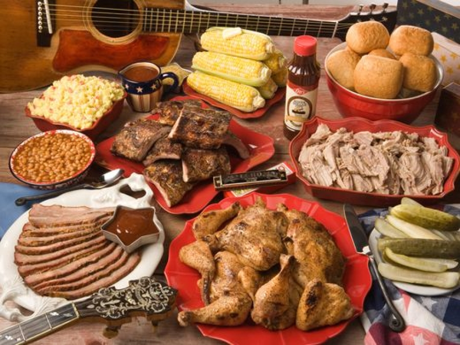 Summer barbecue festivals at theme parks