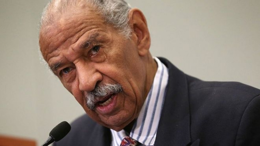 John Conyers: Veteran congressman gives up post amid harassment inquiry