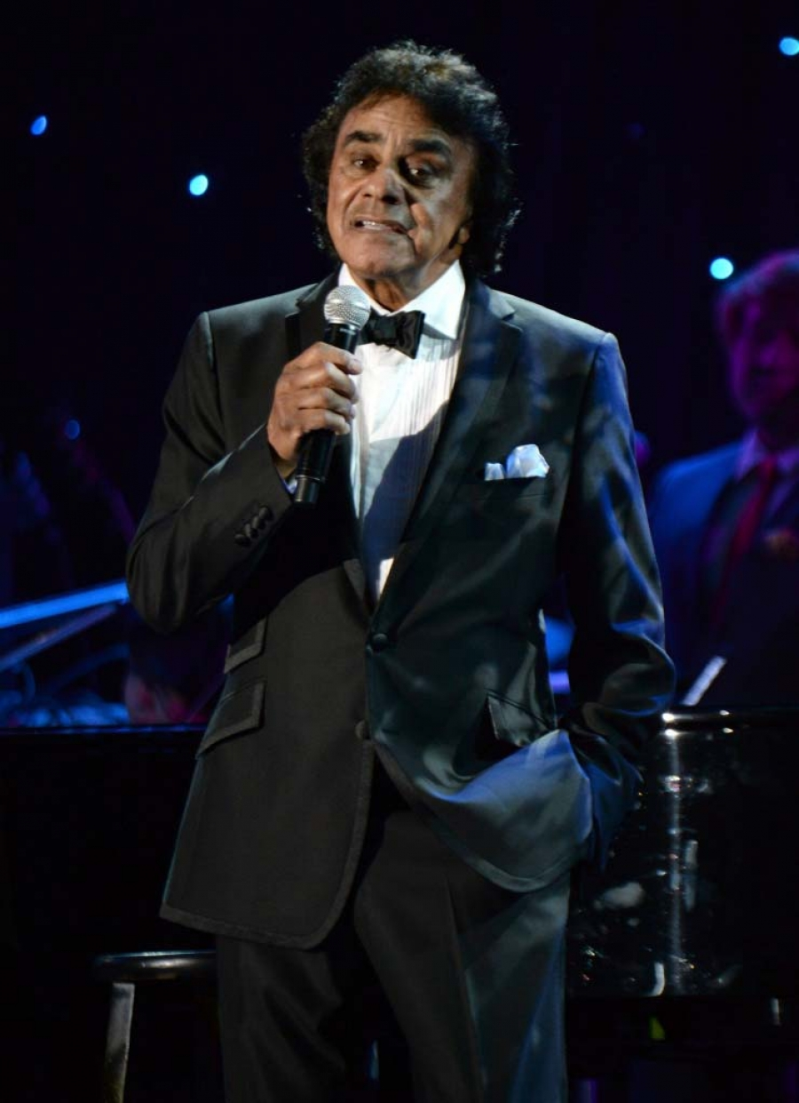 THE HUB\'S EXCLUSIVE Conversation with Johnny Mathis - Sac Cultural Hub