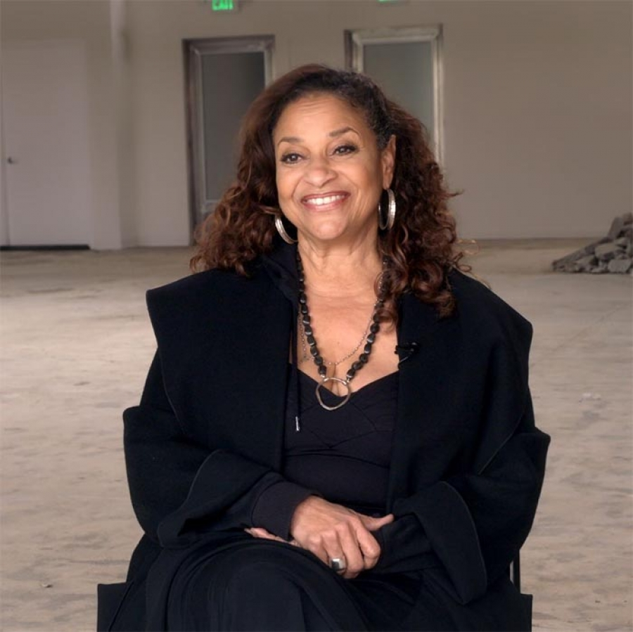 "Debbie Allen Says Dolly Parton Was ""A Dream Come True"" to Work With"