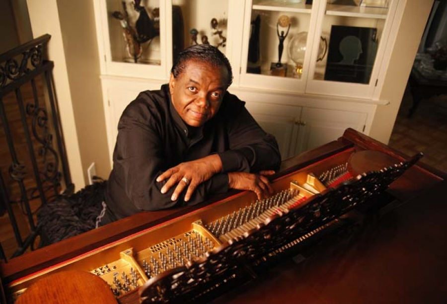 HUB EXCLUSIVE!  Songwriting Legend Lamont Dozier Releases Album Of Reworked Motown Classics, Plans World Tour