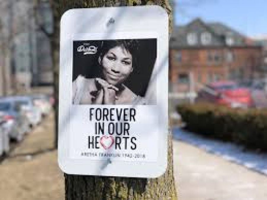 Portion Of Detroit Freeway Named 'Aretha Franklin Memorial Highway'
