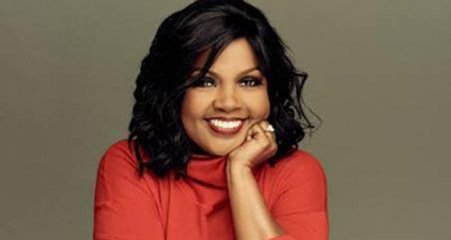 HUB EXCLUSIVE: CeCe Winans Releases Joyful New Christmas Album