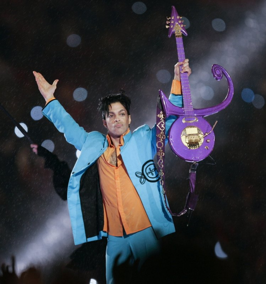 Prince tapes moved to California; 2 heirs angry