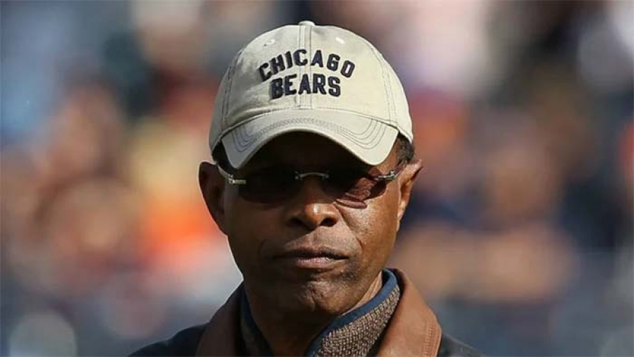 NFL legend Gale Sayers dead at 77