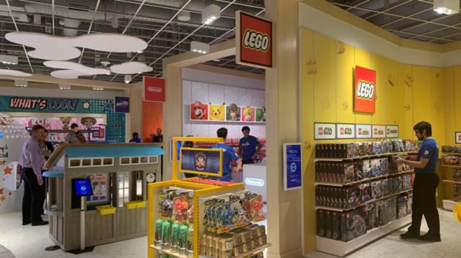Toys R Us is back. Here's a look inside its first new store