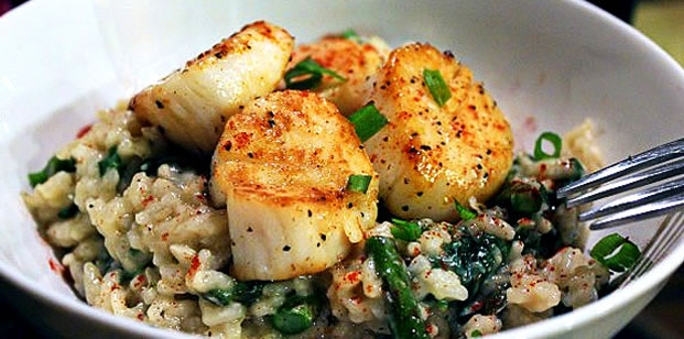 Parmesan Risotto with Asparagus & Scallops
