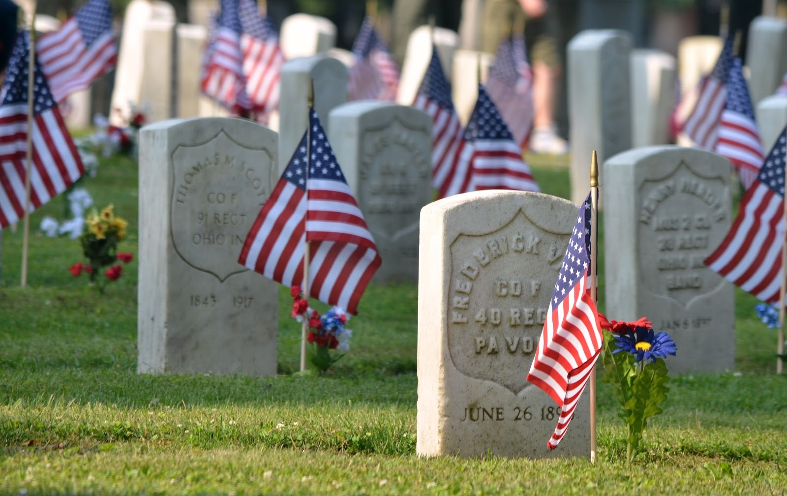 Get it straight: The difference between Memorial Day and Veterans Day