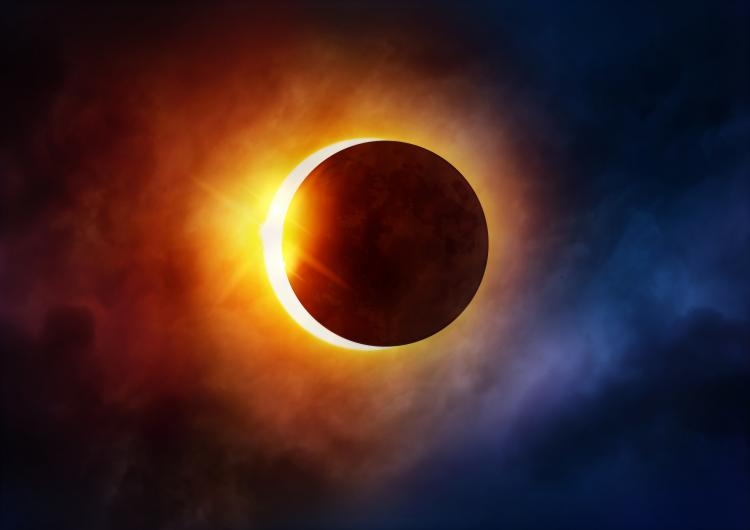 How to view the solar eclipse without glasses