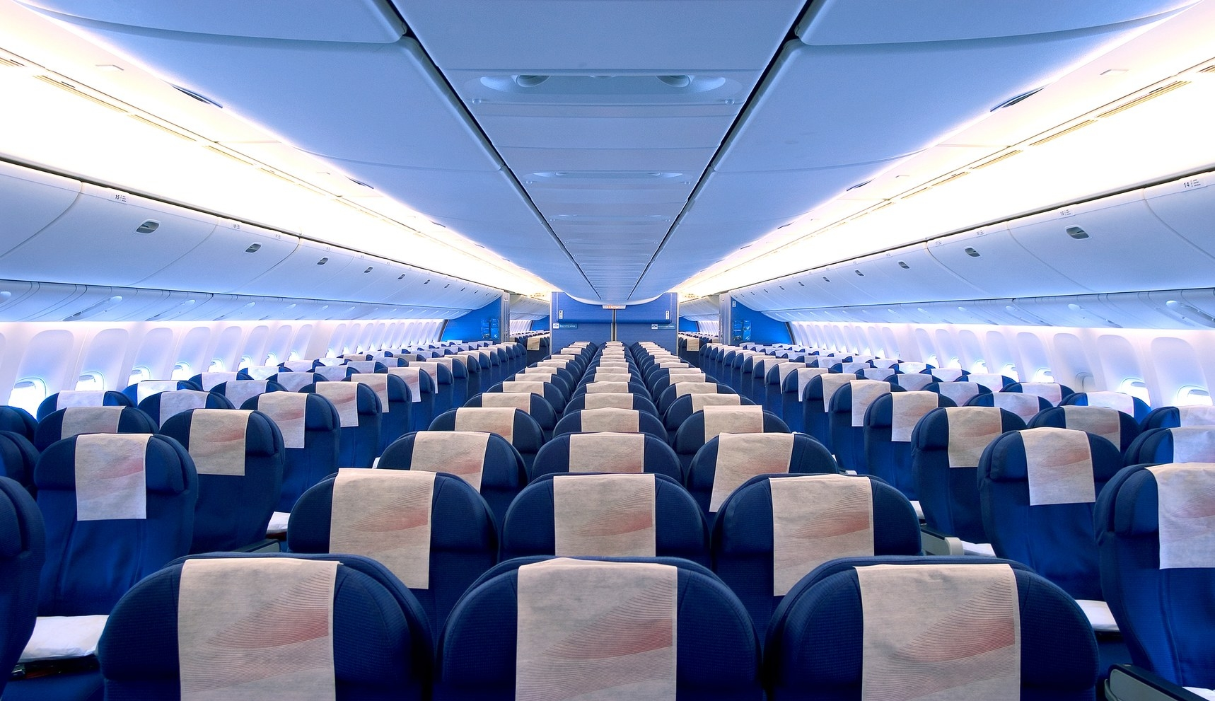 To Stay Healthy On Your Next Flight, Avoid Aisles and Stay Put