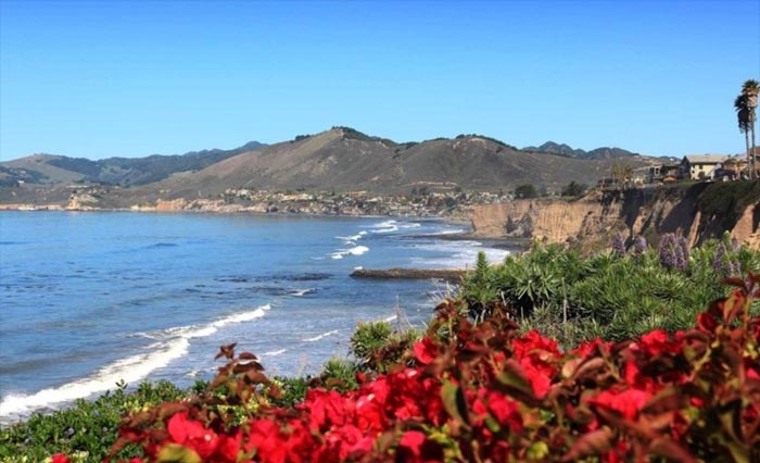 This California City Will Pay You $100 to Visit This Winter