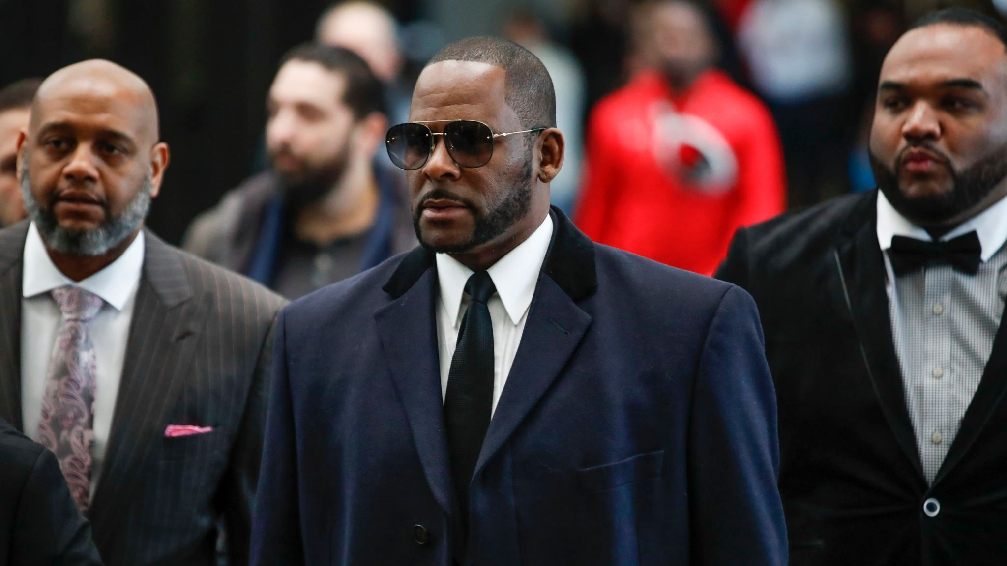 R. Kelly's lawyers say he can't read; judge reinstates civil sex abuse lawsuit