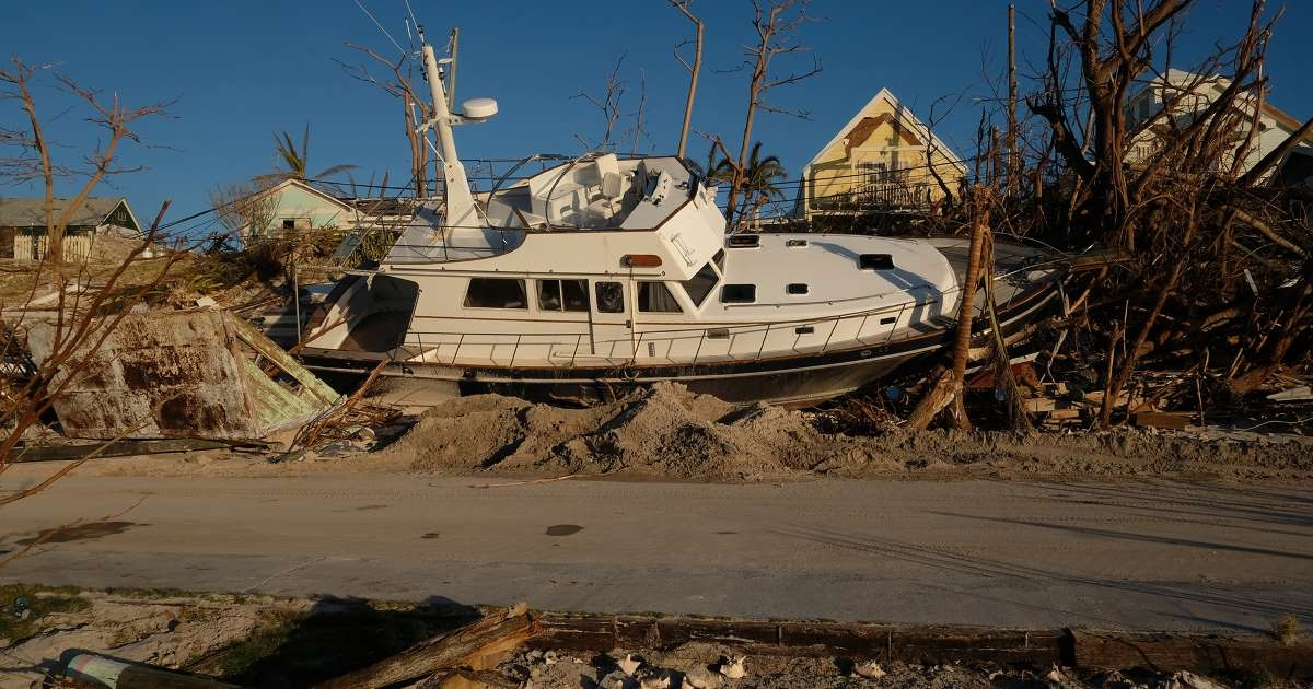 """""""Staggering"""" death toll feared in Bahamas after Dorian's destruction"""