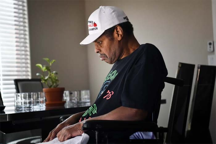 Former heavyweight champion Leon Spinks is fighting for his life