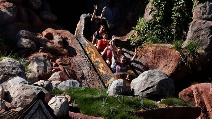 Disney fans say Splash Mountain, a ride inspired by 'Song of the South,' should be re-themed