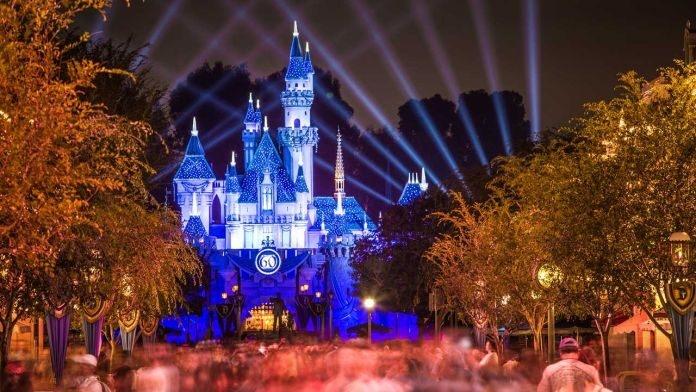 Florida father brings guns to Disney World to ensure family's safety