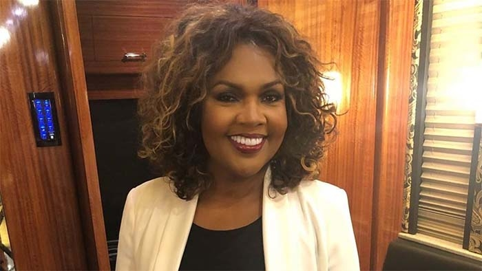 """CeCe Winans Sets Record Straight About Her """"Support"""" of Donald Trump"""