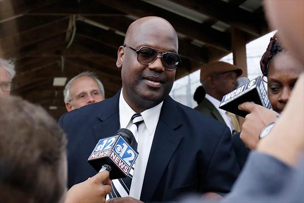 Curtis Flowers, freed from prison after more than 20 years, sues DA who prosecuted him 6 times
